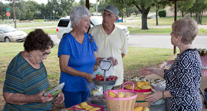Local gardeners sell produce at farmers market