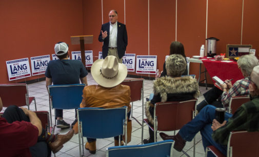 Lang holds meet-and-greet during Breckenridge campaign stop