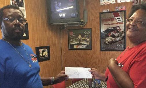 Hartfield wins Cowboys tickets in BTW Reunion drawing