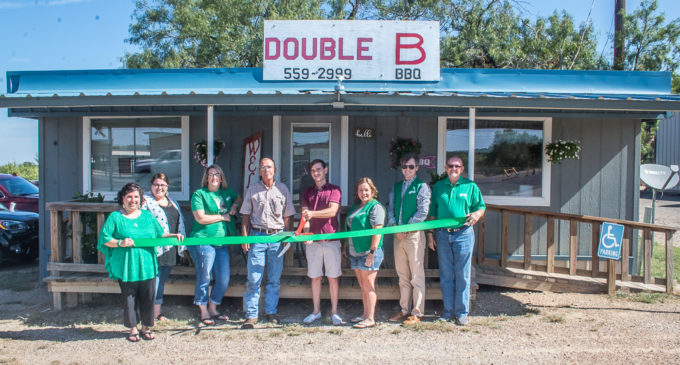 Double B BBQ holds ribbon cutting