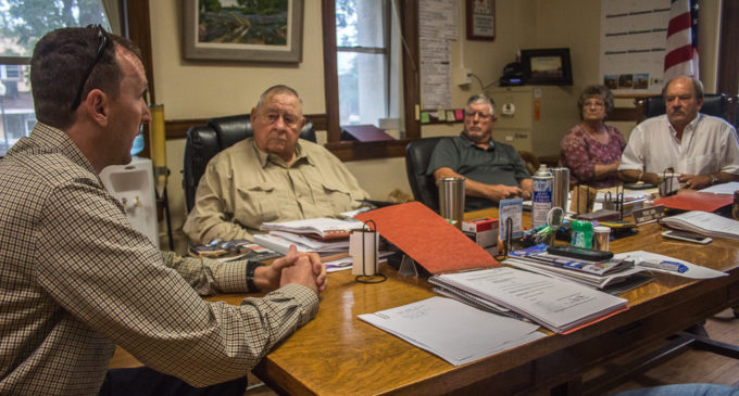 Commissioners vote to keep burn ban off, fees the same