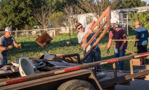Buckaroo football team helps clean up city