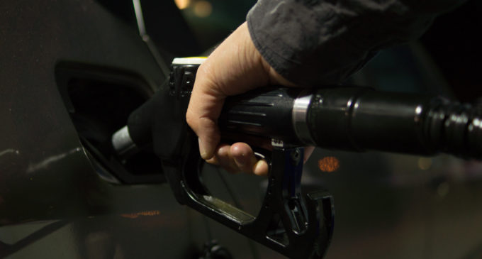 Gasoline prices rise slightly, on track for lowest seasonal prices in years
