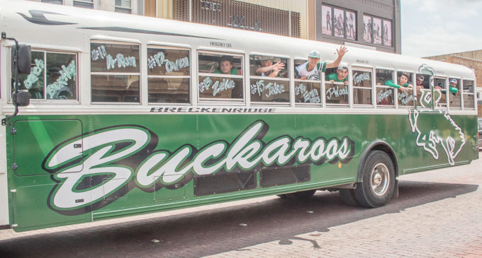 Buckaroos leave for Regional Quarterfinals baseball game in Graham
