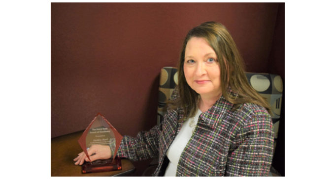 TSTC recognizes Debbie Karl with service award