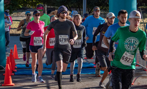 Wags & Whiskers run raises funds for Humane Society