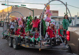 Santa's visit highlights 2019 Christmas Parade
