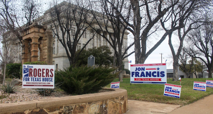 Campaign signs on courthouse lawn stir up controversy