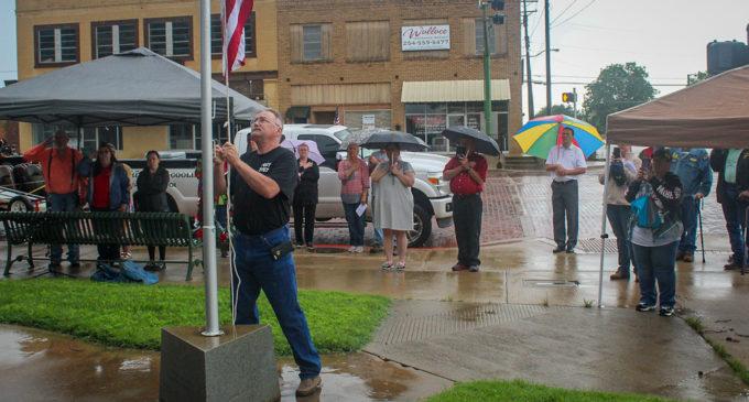 Breckenridge crowd shows up for annual Memorial Day ceremony, despite drizzle