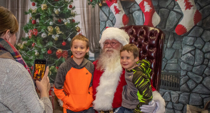 Breckenridge Chamber of Commerce to host Mingle & Jingle, visits with Santa on Friday, Nov. 20
