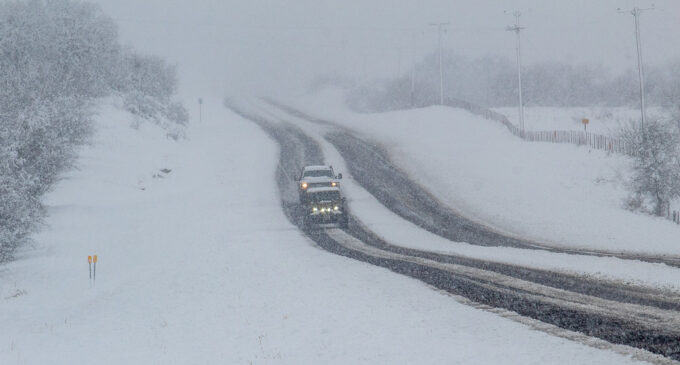Snow blankets Stephens County as winter storm moves across state