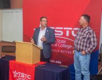Perry, Rogers visit Breckenridge between legislative sessions