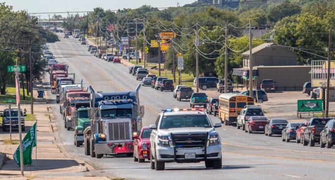 One last ride: Daniel Jimenez's last request fulfilled as 18-wheeler takes casket to cemetery